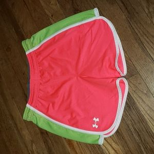 Under armour sport shorts sz YLG